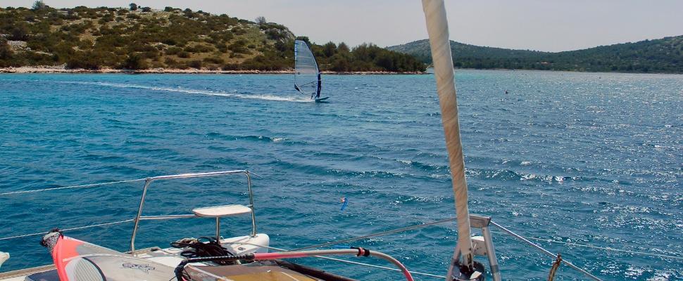 SURFSAILING